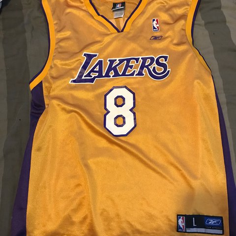 a5c09abec225 Kobe Bryant lakers 8 jersey - size large will fit bigger or - Depop