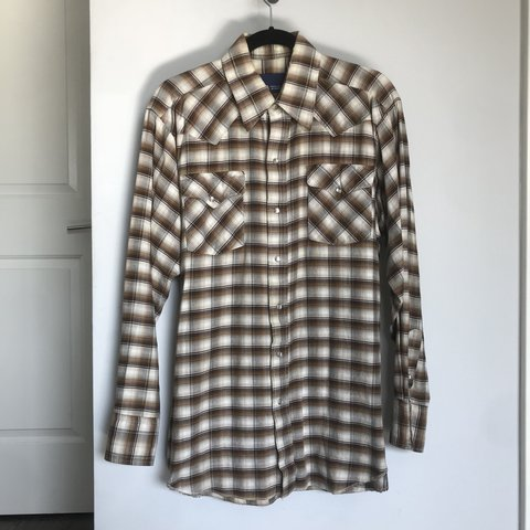 7d5149558f1e Vintage 1970 s western plaid flannel shirt. Mother of pearl - Depop