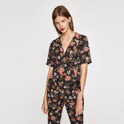 ef6ee80633c  niki121. 11 months ago. United Kingdom. Zara floral print jumpsuit new  with tags size small