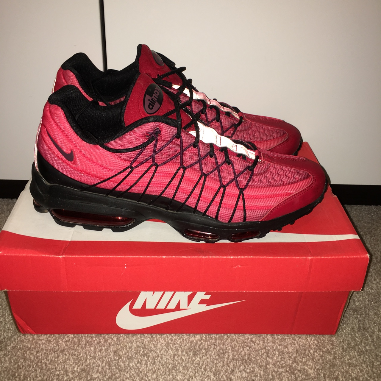Nike Air Max 95 Ultra SE Gym Red, great