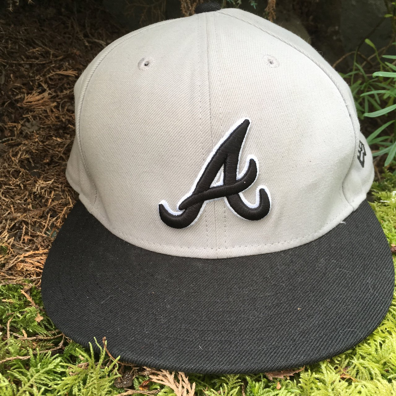Atlanta Braves New Era 59fifty Fitted 7 1 8 Hat in excellent - Depop 26a742befe70