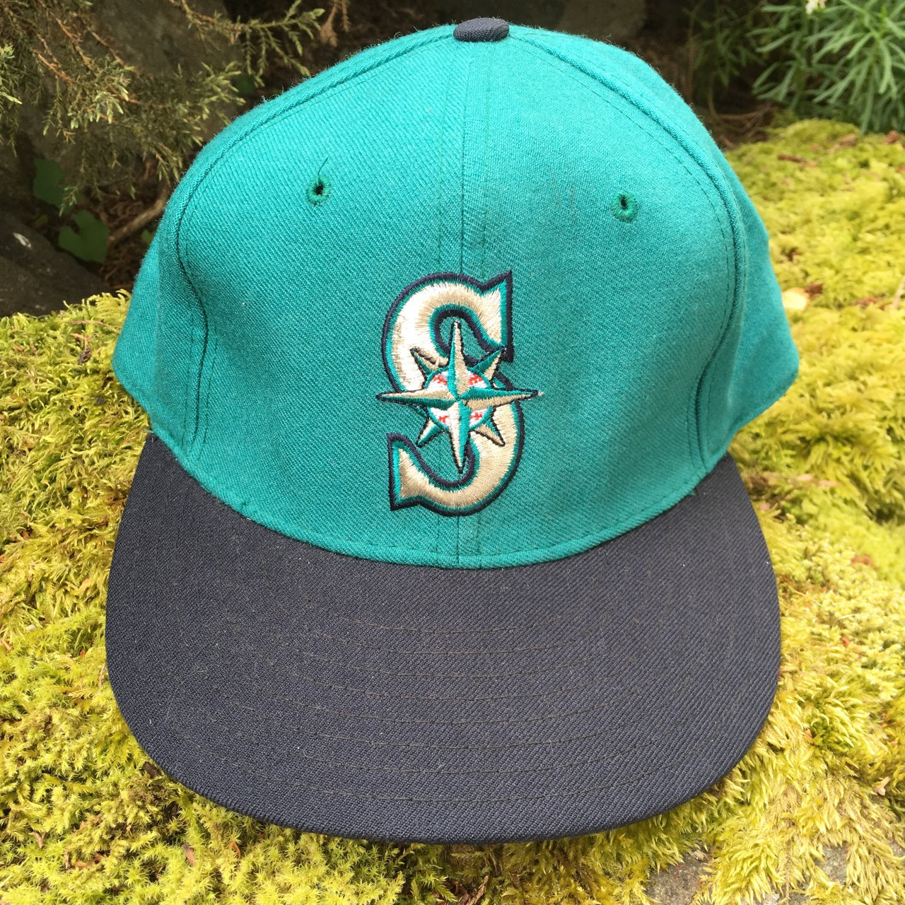 Vintage New Era 100 Percent Wool Teal Mariners Fitted 7 1 8 - Depop c336578a75c1
