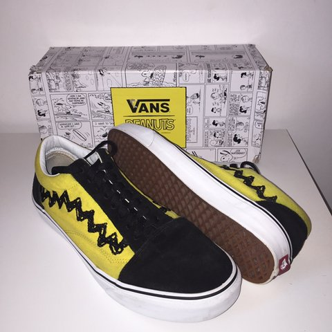 300d0ccdb2 VANS X PEANUTS old skool Very rare limited run shoes