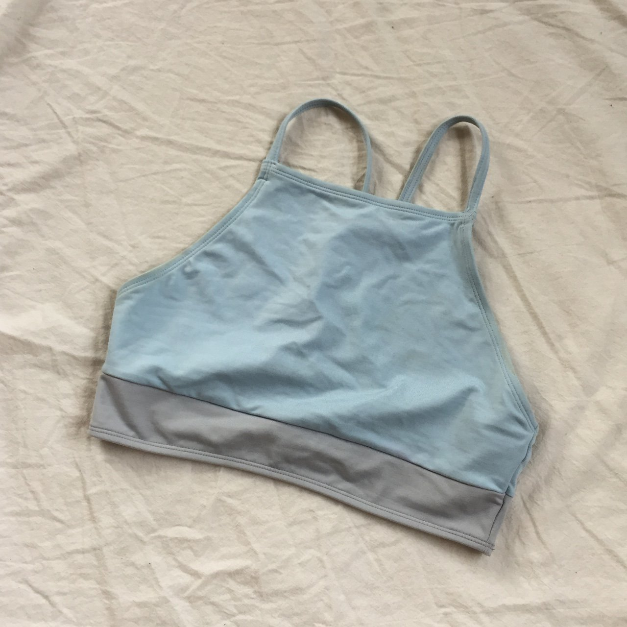 9dad4f2585ccb ⚗ VINTAGE BABY BLUE AND GRAY COLORBLOCKED EVERLAST HALTER S - Depop
