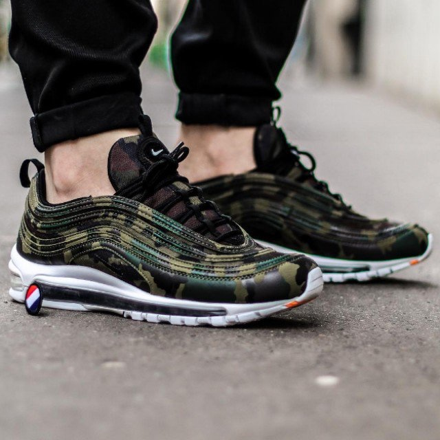 chaussures de sport 2dd6c 75c38 Nike Air max 97 Country Camo France, Accept £145... - Depop