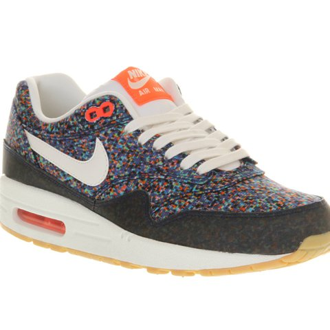 the best attitude 0e28b 78e4d  ellekenyon. 2 years ago. Southport, UK. Nike Air Max 1 Liberty London Pixel .