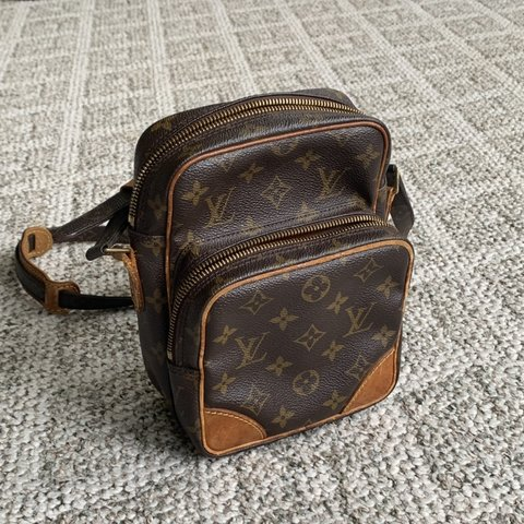 deeaddffd12a Louis Vuitton Amazon crossbody bag -has shoulder pad -only - Depop