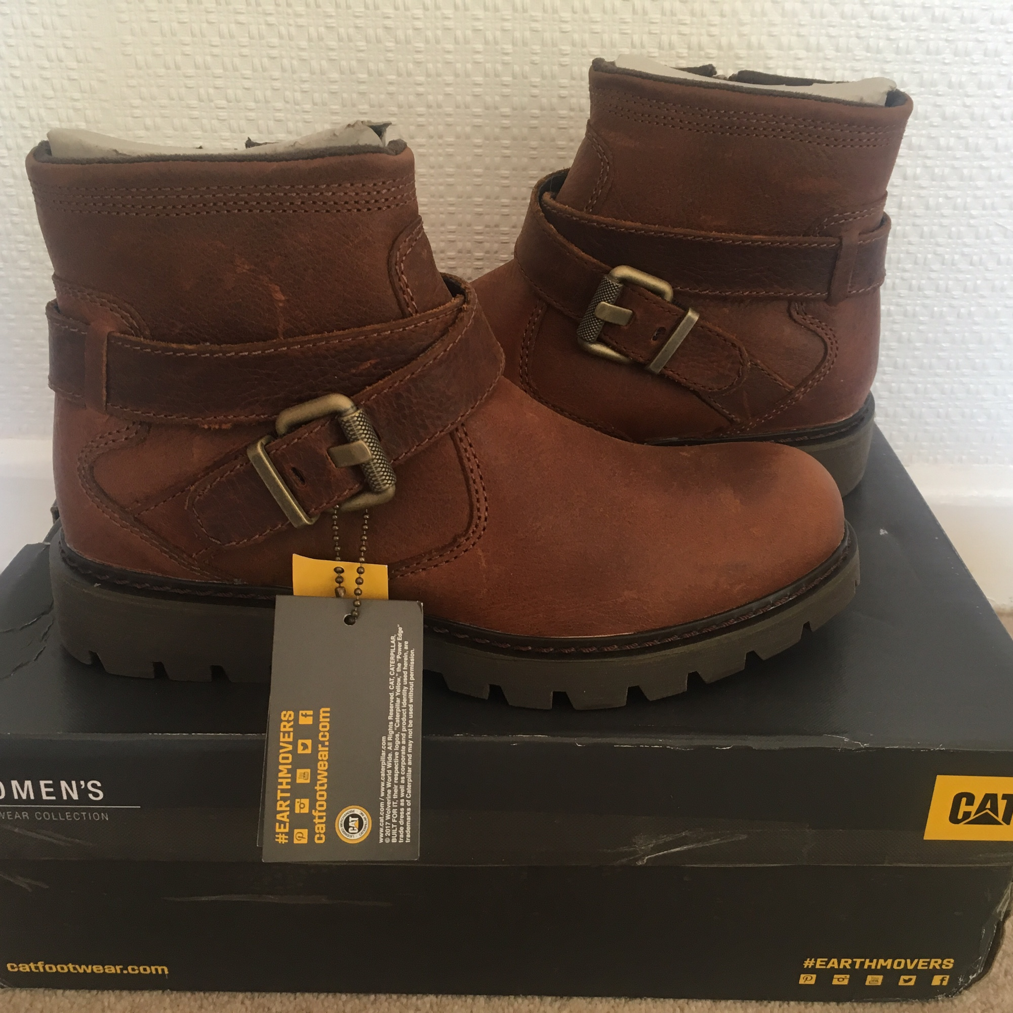 WOMENS CAT BOOTS ANKLE BROWN RUST