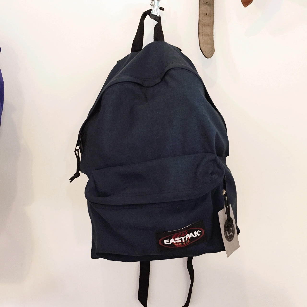 Vintage 90s Eastpak backpack in navy blue. Standard size     - Depop