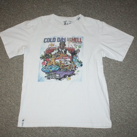 08e968e69 Freddie Gibbs x LRG cold day in hell white graphic tee shirt - Depop