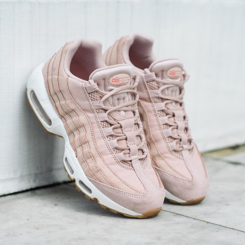 cheap for discount cf015 db9bb ONLY UK 3 LEFT! Nike Air Max 95 in Oxford Pink 💕 |... - Depop