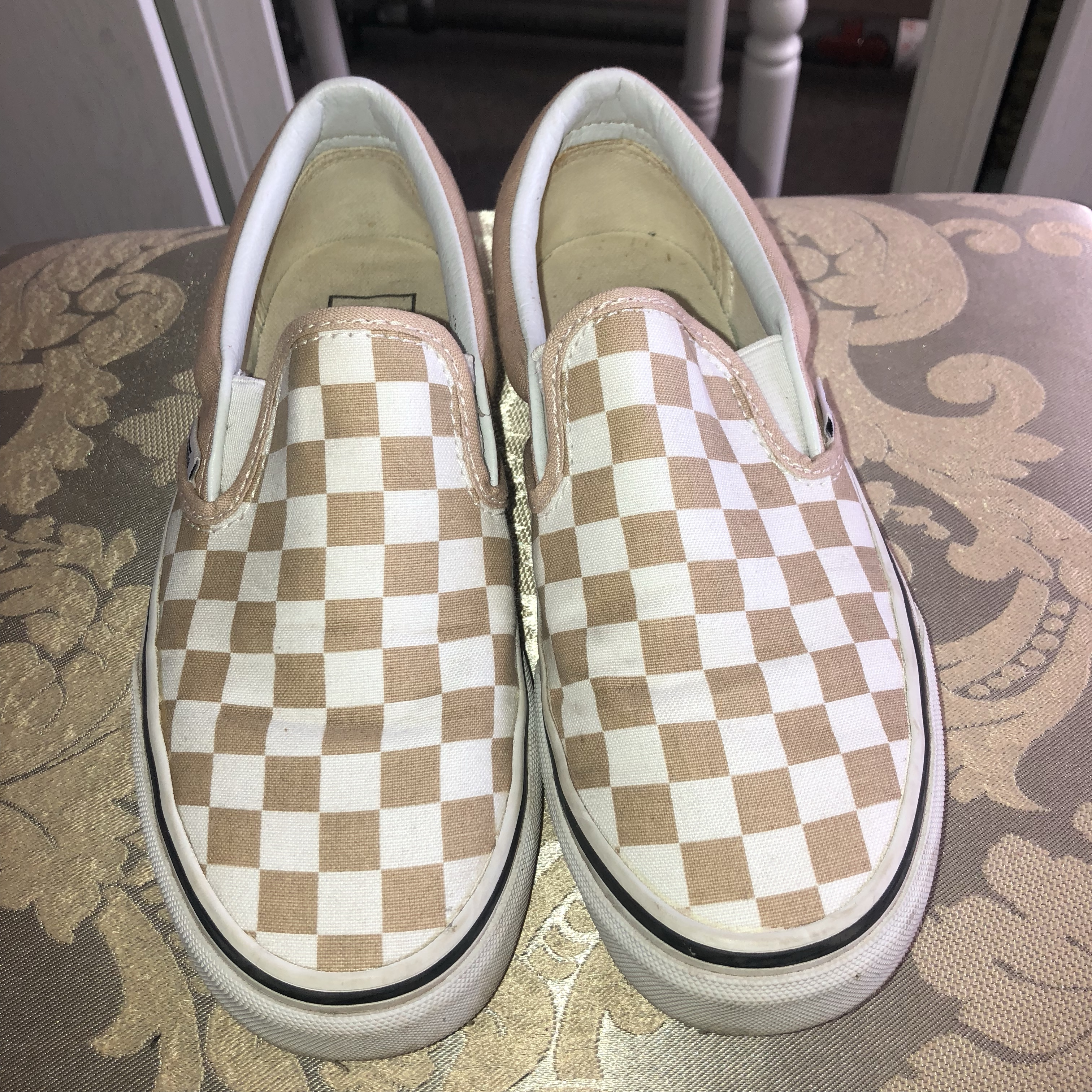 Vans checkerboard in white \u0026 nude. Only