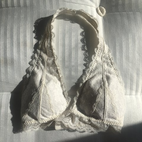 4f755b009b2 White gilly hicks bralette Size  xs ( would fit 6 8 worn to - Depop
