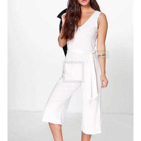 dc96e47f4329 Boohoo size 12 white ribbed jumpsuit. Never been worn Bought - Depop