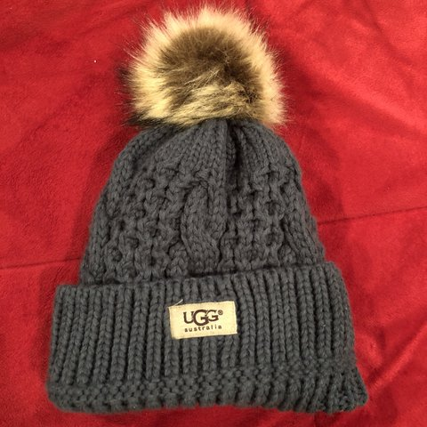 0d98374dd38af UGG ladies winter hat Preowned. Great condition. Rarely if - Depop