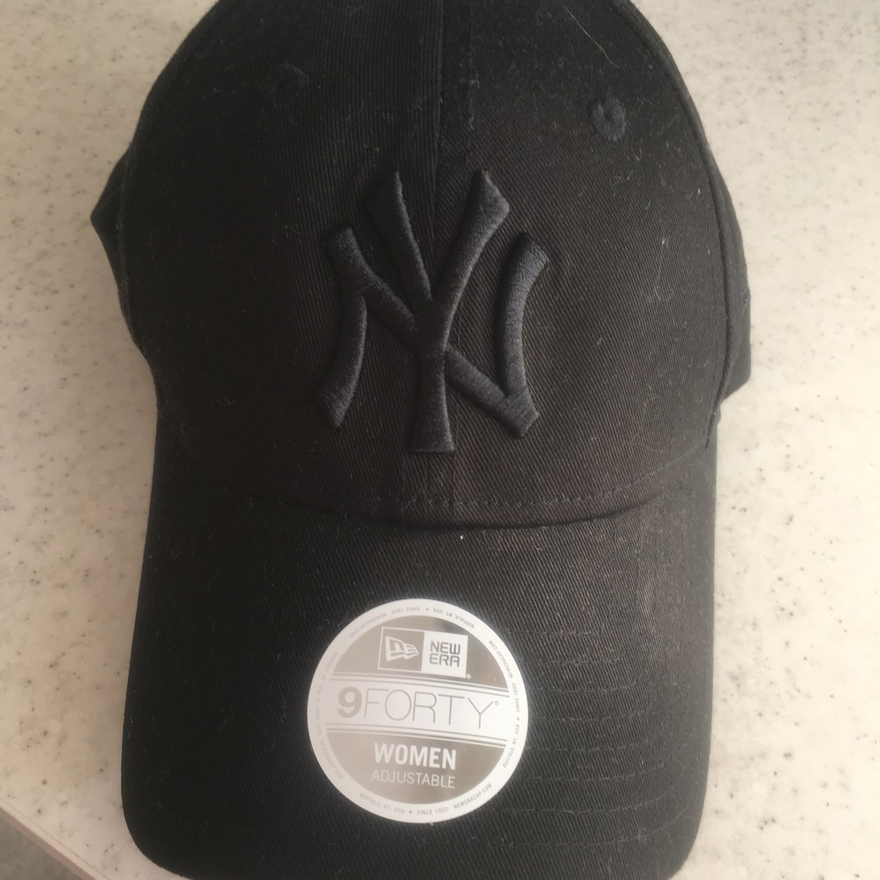 b27a752c089 Brand new never been worn.bought from ASOS but too  newera - Depop