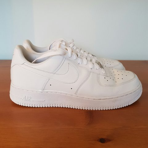d7b72cc85ad16 OLD SCHOOL NIKE AIR FORCE ONE Worn less than 5 times. bar - Depop