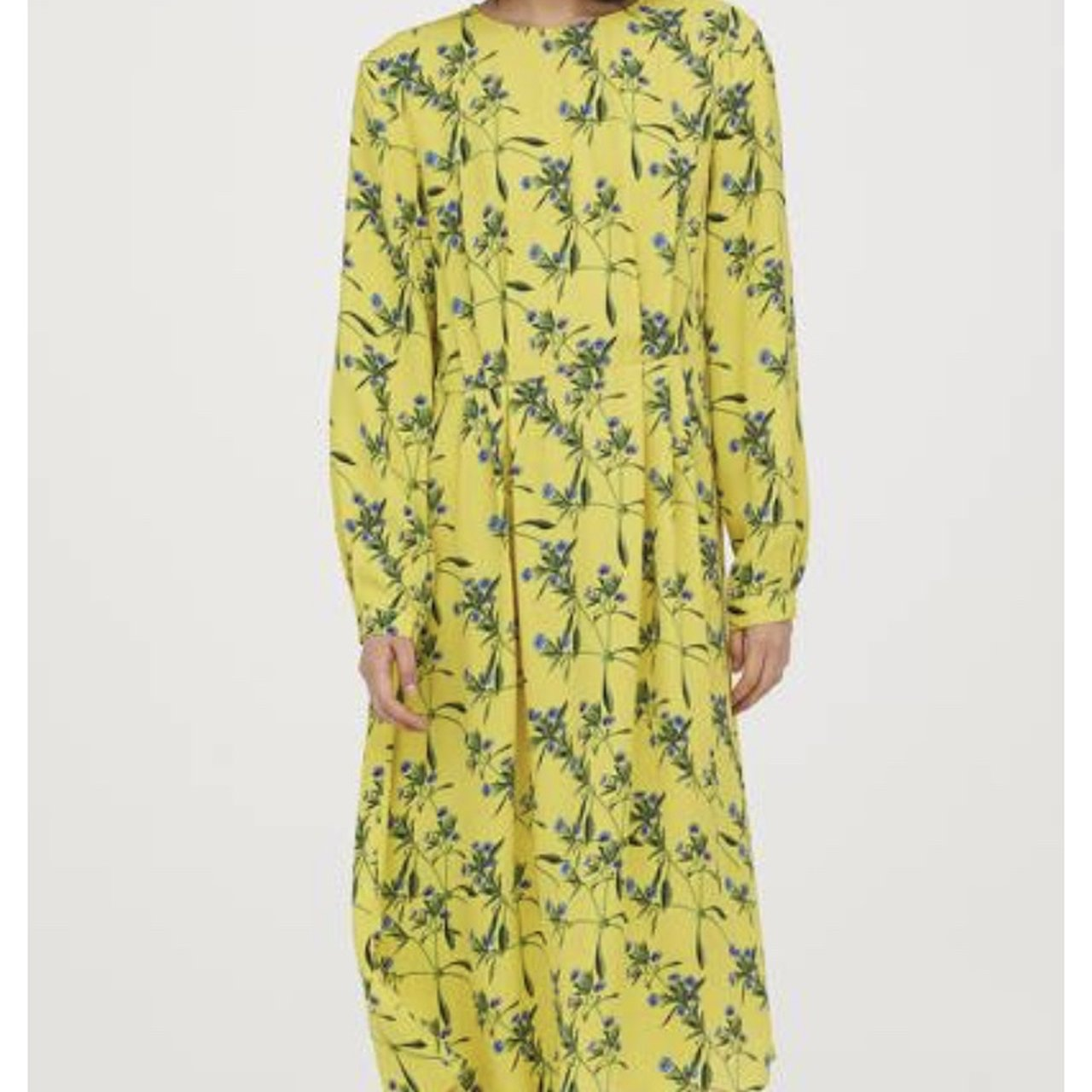 c10d2aae5a42e @meganalicehart. 9 months ago. London, United Kingdom. H&M yellow floral  patterned dress ...