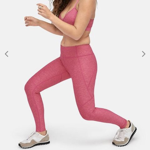 "dffd2b78c2ff3 @sdunn12. yesterday. Clearwater, United States. • ""Flamingo"" aka Bright  Pink Outdoor Voices 7/8 Warmup Legging • Size XS"