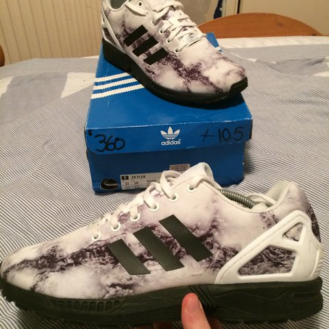 95d36ac6911b9 Mens Adidas ZX Flux  marble  UK Size 10.5    VNDS 9 10    to - Depop