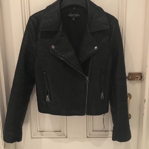 d6ee31aebd8 Topshop Petite Faux Leather Jacket. Great condition