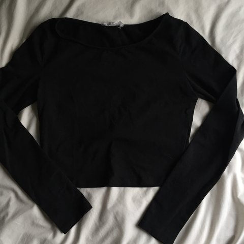 9153a884977b2 ❣ Black longsleeves crop top shirt