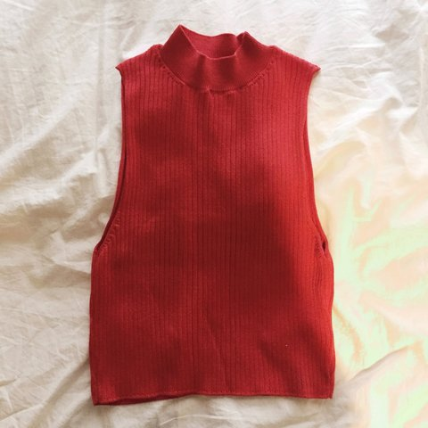 4d82b9973e @annalegg. 3 years ago. Tynemouth, United Kingdom. TOPSHOP ribbed red  knitted high neck top ...