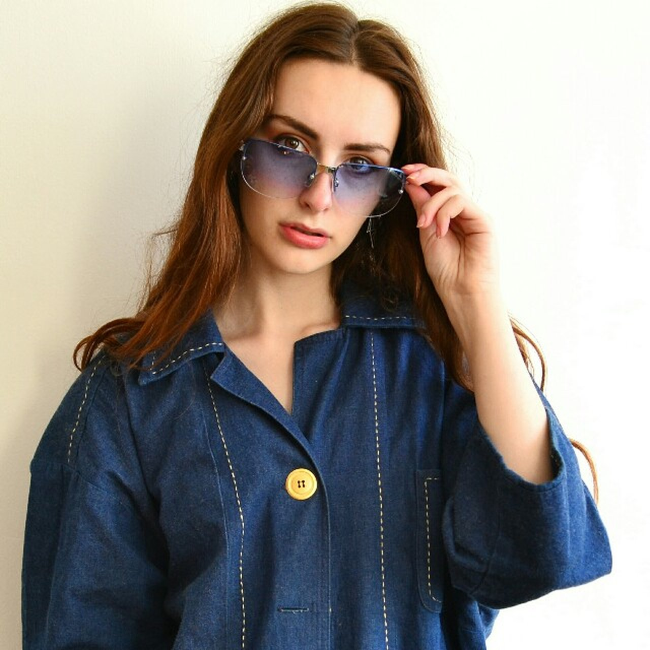 813522c165 Deadstock 2000s blue tinted sunglasses