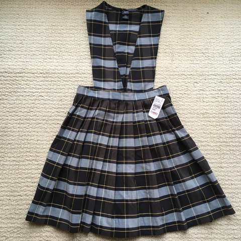 a17bcf34e3 The cutest true vintage 90s Y2K girls uniform pinafore Plaid - Depop