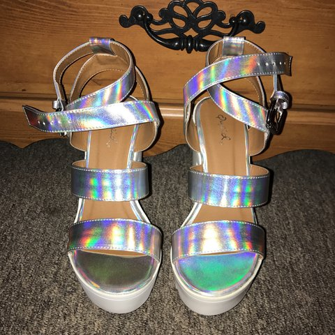 ec2acfd9f1 @cryystalaguayo. 7 months ago. Walnut Grove, United States. Holographic  platform heels 🌈💿 from the brand Qupid ...