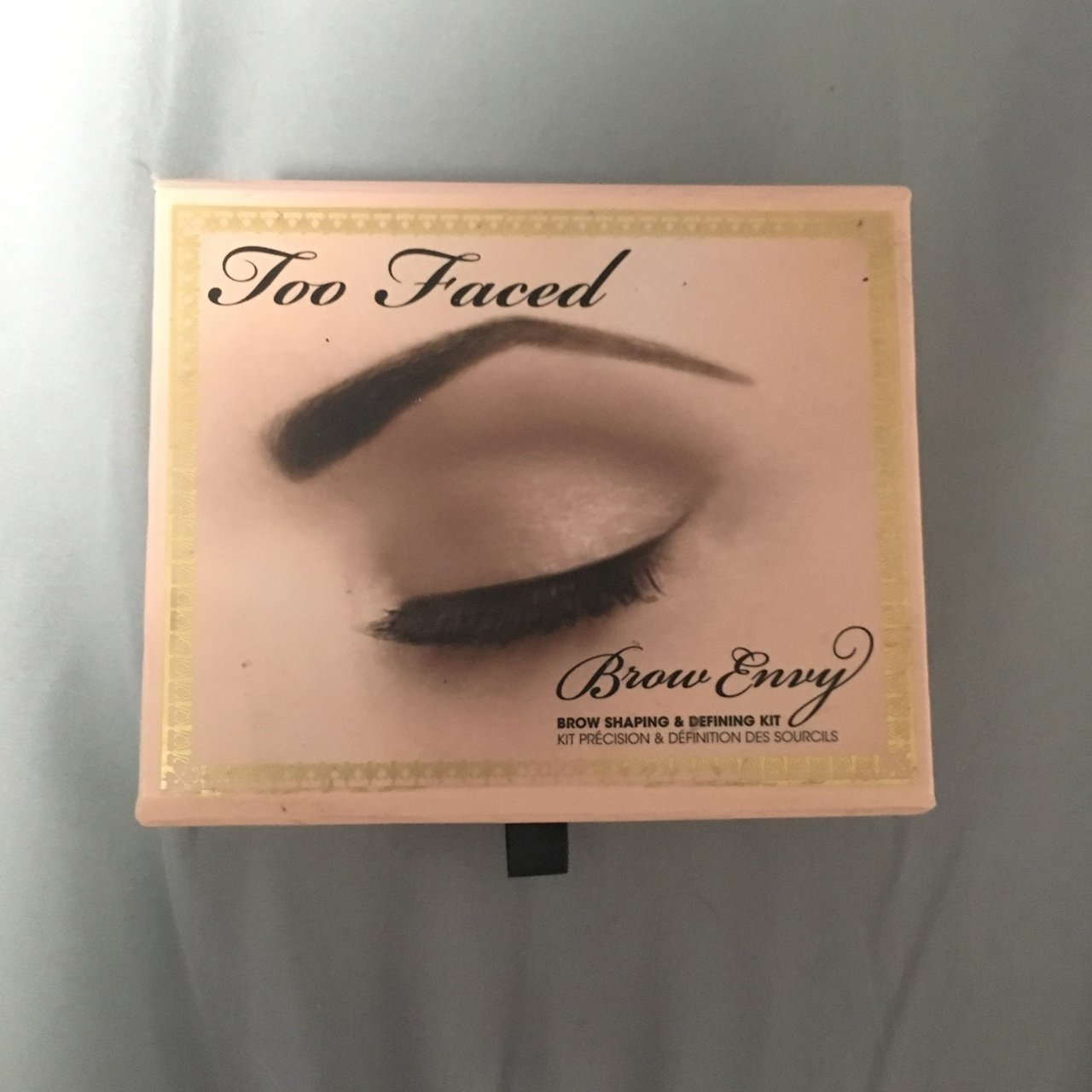 Too Faced Brow Envy Kit It Has Clearly Been Used But Most Depop