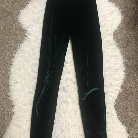 3c8cfd32f3565 @emmaly219. 4 months ago. Holladay, United States. American apparel emerald green  velvet leggings