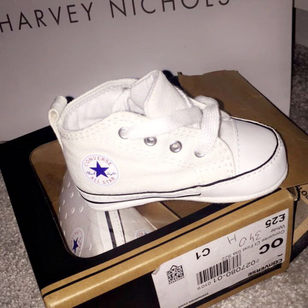 Baby Converse size 1 (0-3 months) BRAND