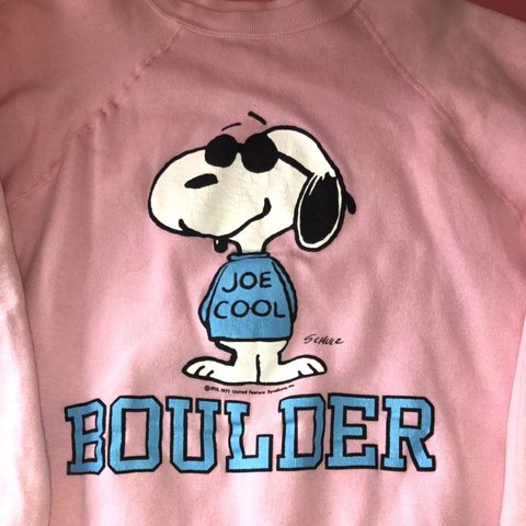 Insanely Sick Vintage Snoopy Crewneck Super Cool Light Depop