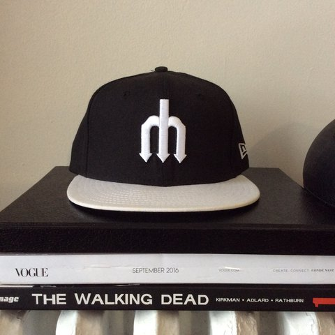 New Era fitted Seattle Mariners retro logo hat. Worn once. - Depop e927a47e460d