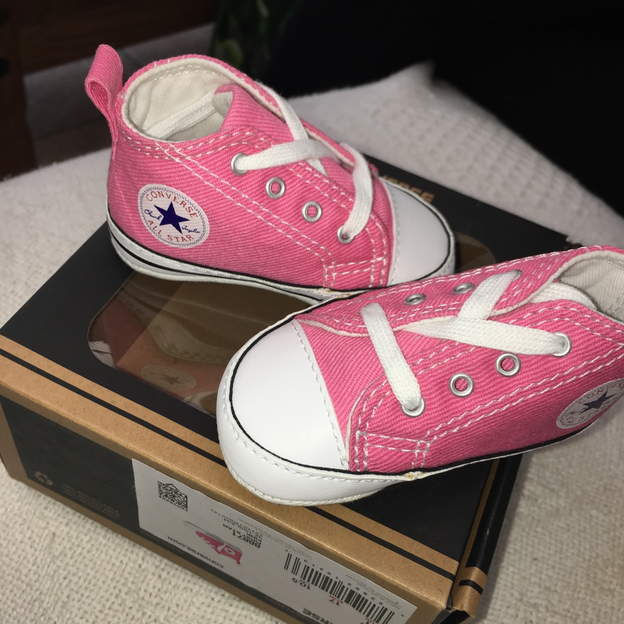 Pink baby converse, Size 1 UK ~ Never