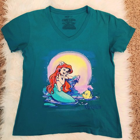 Women S Large The Little Mermaid Shirt From The Disney Only Depop