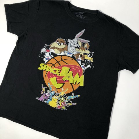 51c285963768e4 🏀🏀 Space Jam Tune Squad Looney Tunes Warner Bros black tee - Depop