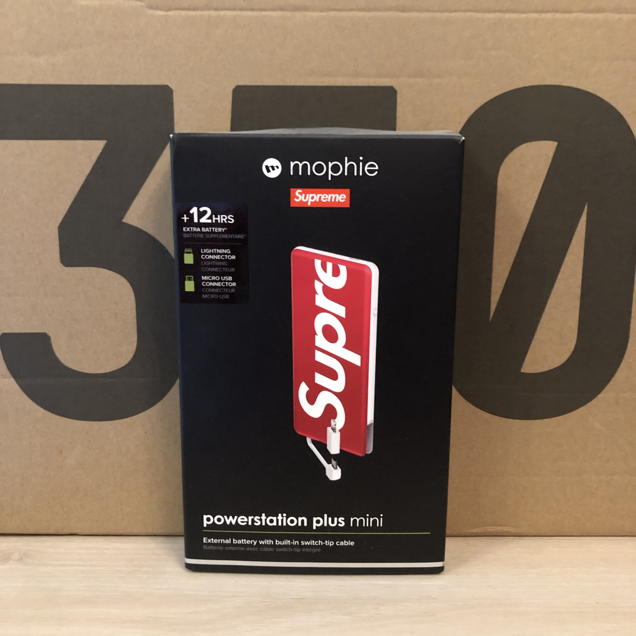 premium selection 73ead e2357 Supreme Mophie Powerstation Plus Mini Red Deadstock - Depop