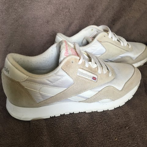 22cd9397c5fb3 Reebok Classic Nylon trainers size 3. Worn but in good to - Depop