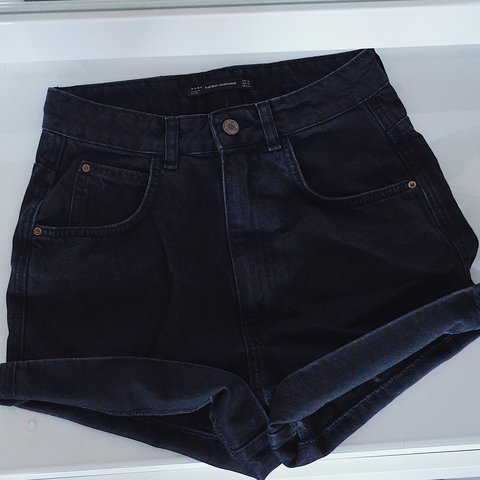 df4875f4 @nicole___smith. last year. Welwyn Garden City, United Kingdom. ZARA Black High  Waisted Denim Shorts Size 34