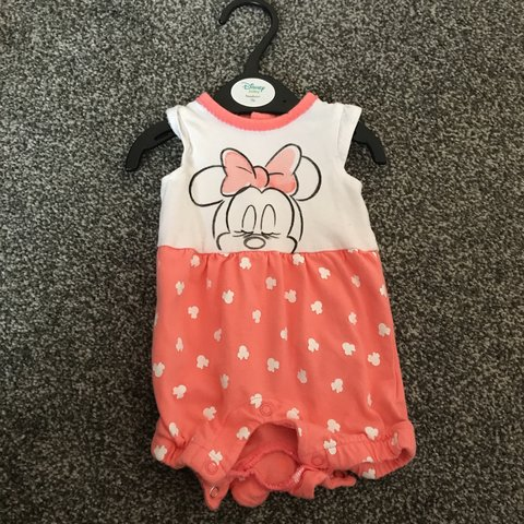 9c4a7f8f9 @babypink_x. 10 months ago. Stoke-on-Trent, United Kingdom. Minnie Mouse  outfit. Newborn Only worn once