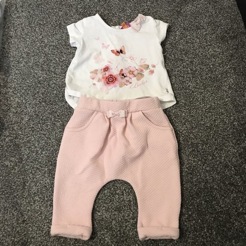 bea5d9dc8 Gorgeous baby girl Ted Baker Outfit 3-6 months excellent - Depop
