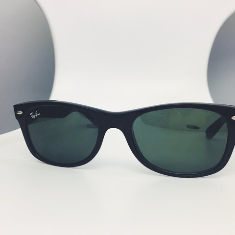cb6aa9b0c8 Classic Black Ray Ban Sunglasses without case (unisex) adult - Depop
