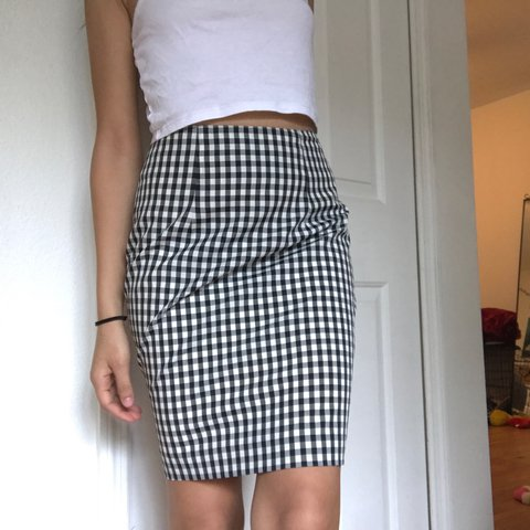 9a5fc55f0c @jeanetheee. 2 years ago. Orlando, United States. Vintage black and white  Gingham print fitted mini skirt. In very good condition.