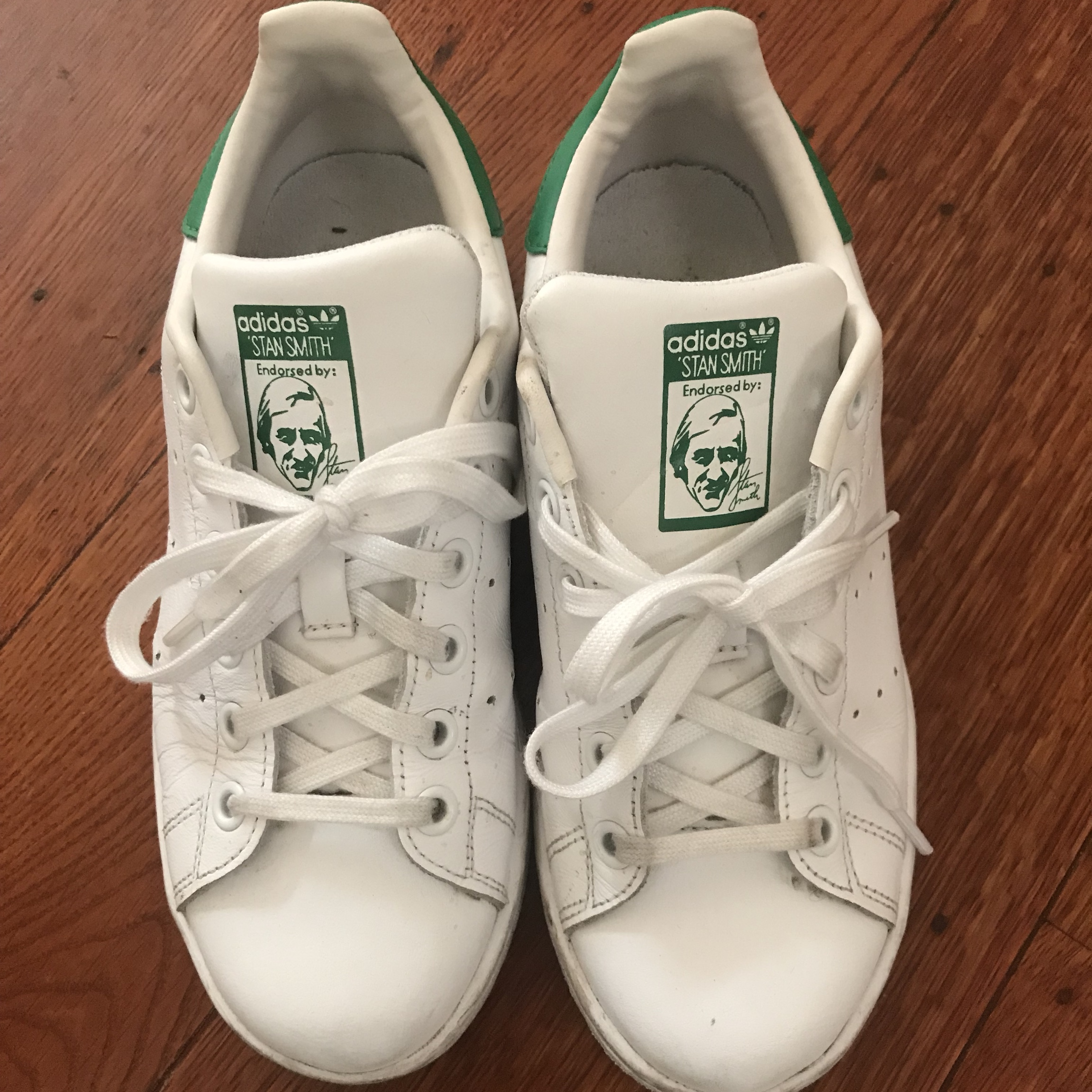 sports shoes 70d0a 509ed Adidas originals Stan smith in kids size 3.5 or... - Depop