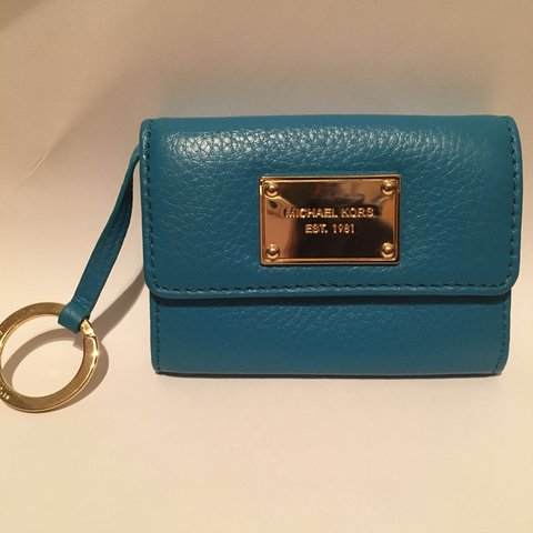 014d6c010575 @laurakeira. 2 years ago. Cork, Ireland. Real Michael Kors coin and card  wallet - Teal Blue.