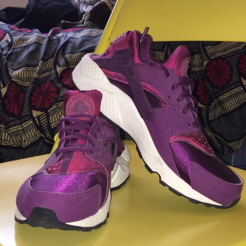 66938842c923 NIKE huarache pink purple trainers. Worn only once! Women s - Depop