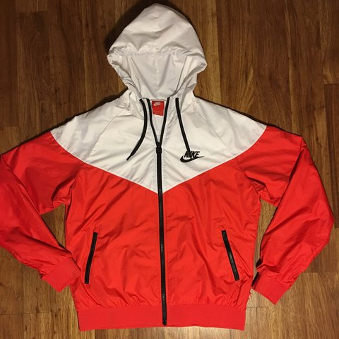 d859a985d0 Nike windbreaker with the fresh red and white colorway. Kids - Depop