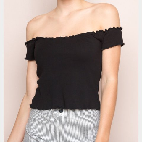 4d2ea61d0f4376 New without tags Jessie Anya ( ) top from brandy melville. - - Depop